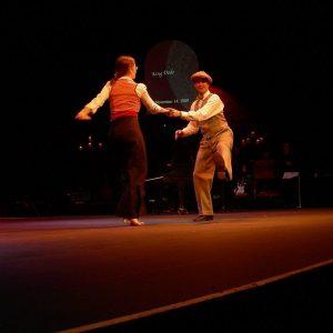 2020 Swing Dance 新手入門教學指南